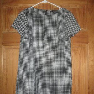 346 Brooks Brothers Black/White Hounds tooth Dress